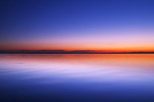 根室湾の朝の写真素材 [FYI04801565]