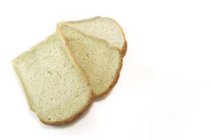 白背景の蓬食パンの写真素材 [FYI04802204]