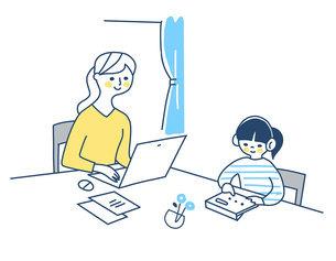 リモートワークをする母親と一緒に勉強する女の子のイラスト素材 [FYI04802976]