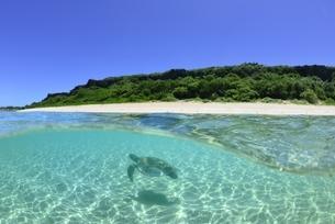 宮古島の海の写真素材 [FYI04803276]