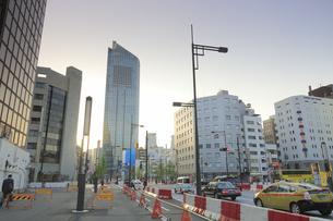 環状2号 新虎通りと虎ノ門ヒルズの写真素材 [FYI04803378]