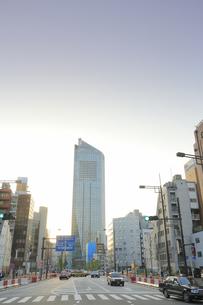 環状2号 新虎通りと虎ノ門ヒルズの写真素材 [FYI04803381]