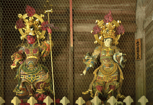 永平寺・山門の四天王の写真素材 [FYI04803541]