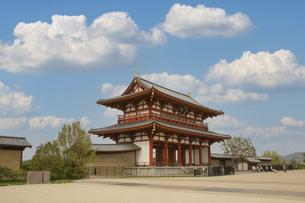 奈良・平城宮跡の朱雀門の写真素材 [FYI04803569]