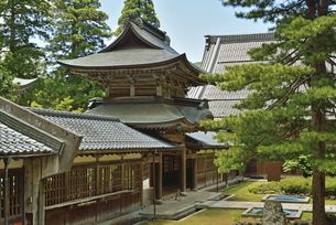 永平寺・中雀門の写真素材 [FYI04803578]