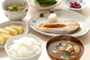 ご飯、和食、味噌汁の写真素材 [FYI04803622]