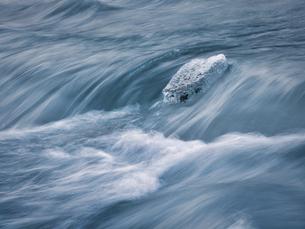 冬の川の写真素材 [FYI04804100]