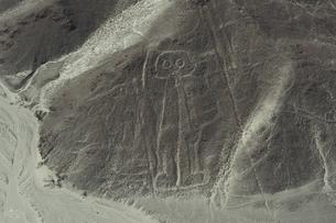 ナスカの地上絵 宇宙飛行士の写真素材 [FYI04804389]