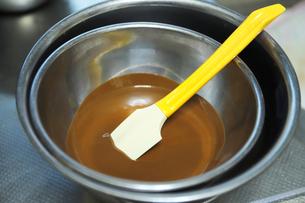 湯煎したチョコレートの写真素材 [FYI04804923]