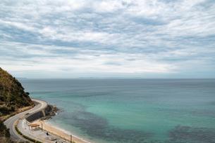 二見ヶ浦の海と青空の写真素材 [FYI04806037]