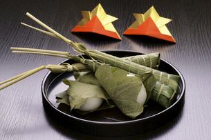 粽とかしわ餅の写真素材 [FYI04806565]