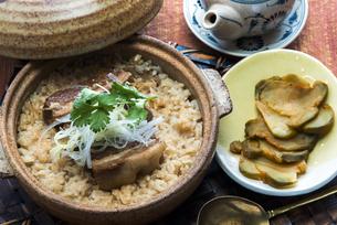 東坡肉炊き込みご飯の写真素材 [FYI04807535]