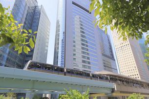汐留シオサイトのゆりかもめ汐留駅の写真素材 [FYI04807549]