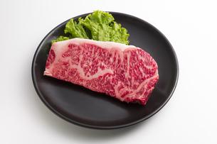 ステーキ肉の写真素材 [FYI04807898]