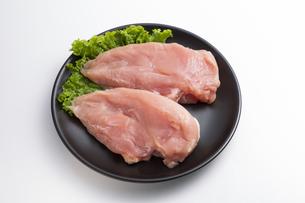 鶏の胸肉の写真素材 [FYI04807908]
