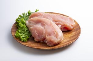 鶏の胸肉の写真素材 [FYI04807910]