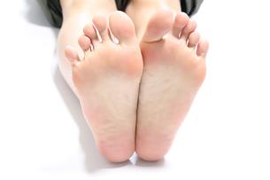 女性の足の裏の写真素材 [FYI04807961]