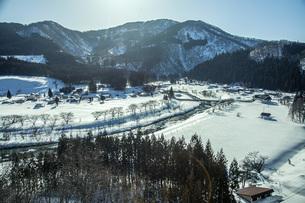 冬の山村の写真素材 [FYI04808765]