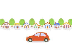 赤い車と家並みの写真素材 [FYI04808885]