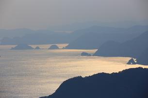 夕暮れの海の写真素材 [FYI04809138]