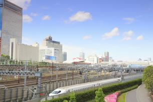 東海道新幹線の八ツ山橋付近の写真素材 [FYI04810202]