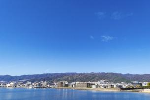 六甲山と街並みの写真素材 [FYI04810267]