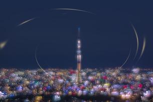 東京の夜景と東京スカイツリーの写真素材 [FYI04810357]