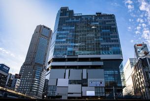 渋谷駅西口と渋谷フクラスの写真素材 [FYI04810405]