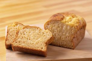 甘酒のパウンドケーキの写真素材 [FYI04811097]
