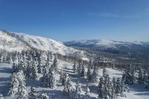 北海道 大雪山旭岳の冬の風景の写真素材 [FYI04811466]