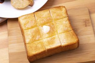 バタートーストの写真素材 [FYI04812253]