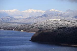 山中湖から南アルプスを望むの写真素材 [FYI04812368]