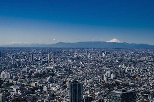 豊島区から望む都心の風景と富士山の写真素材 [FYI04812424]