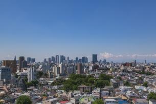 豊島区から望む新宿方面のビル群の写真素材 [FYI04812430]