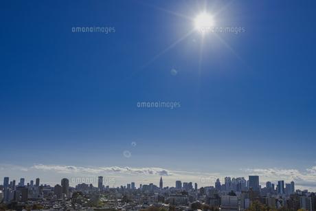 豊島区から望む新宿方面のビル群の写真素材 [FYI04812459]