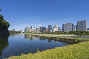 【東京都】都市景観 皇居外苑と日比谷・丸の内の景観の写真素材 [FYI04812562]