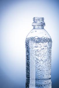 タイトル炭酸水の写真素材 [FYI04812590]