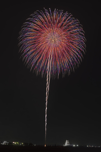 花火 常総の夜空へ未来を咲かそうの写真素材 [FYI04814907]