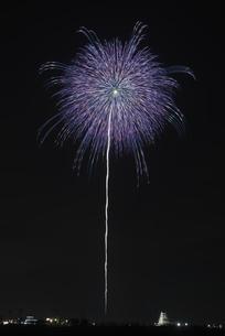 花火 常総の夜空へ未来を咲かそうの写真素材 [FYI04814911]