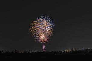 エール花火の写真素材 [FYI04814918]