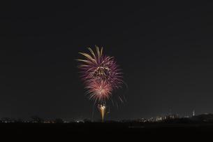 エール花火の写真素材 [FYI04814919]