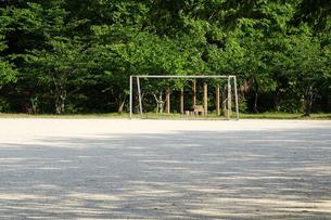 公園のサッカーゴールの写真素材 [FYI04816592]
