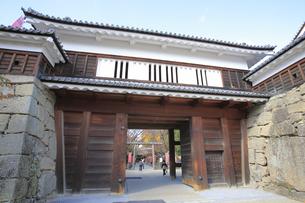 上田城の東虎口櫓門の写真素材 [FYI04816678]