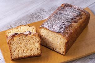 甘酒のパウンドケーキの写真素材 [FYI04817479]