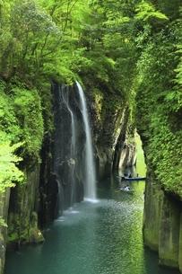 高千穂峡 真名井の滝の写真素材 [FYI04818606]