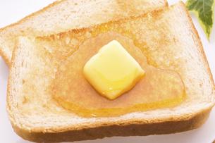ハニーバタートーストの写真素材 [FYI04819112]