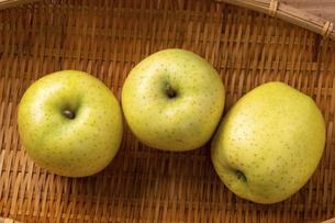王林りんごの写真素材 [FYI04820737]