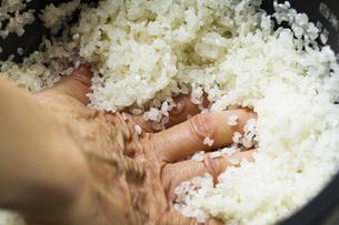 米研ぎの写真素材 [FYI04821175]