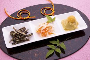 おせち料理 祝い肴と酢の物の写真素材 [FYI04821460]