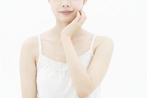 スキンケアイメージ・女性の写真素材 [FYI04822116]